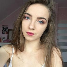 Vanessa Komon