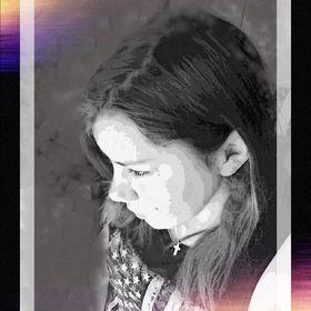 Clara Loreena