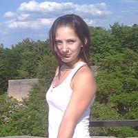 Adéla Karhanová