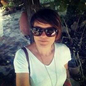 Aniko Aslan