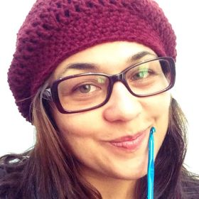 Angie Plata of Woolly & Stitched // Free crochet patterns and tutorials