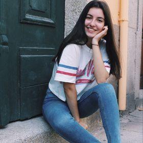 Rita Favas