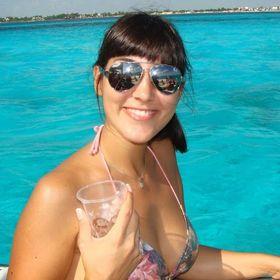 Ana Clara Ginoi