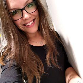 Mónika Csengeri