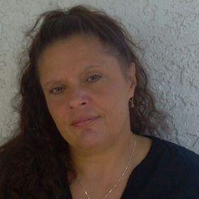 Lillian Cuesta