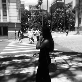 Caroline Neves