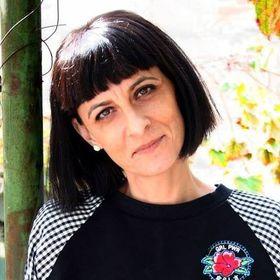 Dana Dumitrescu