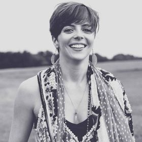 Amber Shumake :: photographer, writer + yoga enthusiast