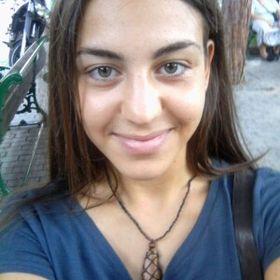 Evina Elezoglou