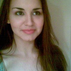 Alexandra Poly