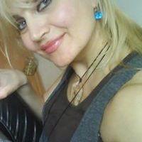 Nadja Luxova
