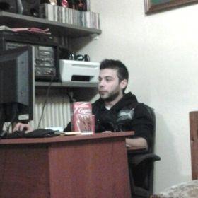 Dimitris Pakos