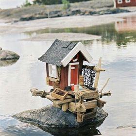 Art of driftwood/drivvedskonst av mig Rickyssjöbod