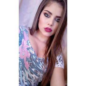 Camila Viana