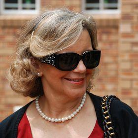 Ana Gavino