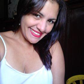 Lilian Cuberos