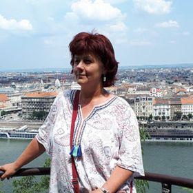 Zsuzsa Fejes
