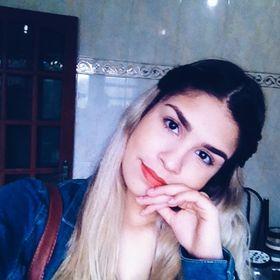 Victoria La Pasta