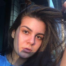 Amanda Augusto