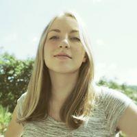 Szilvia Tóth