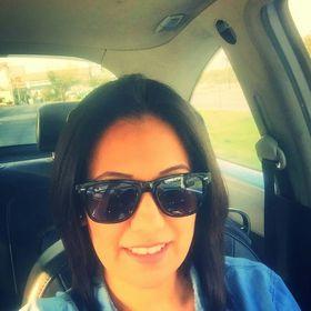 Lily Tello