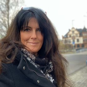 Susanne G. Weber