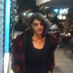 Maria Valdira