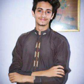 HuzZii Khan