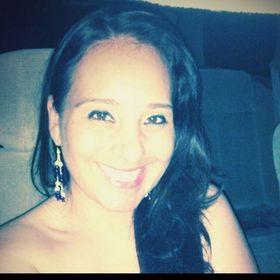 Laura Aguilar D