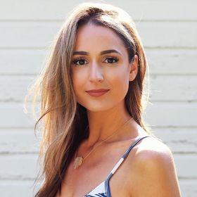 Amanda Bella