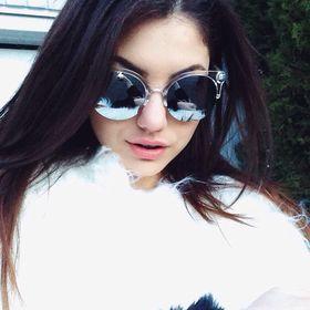 Jasmina S