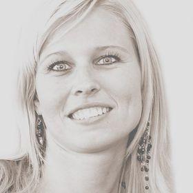 Carola Van Kester