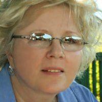 Karen Lynch