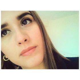 Mayra Ganoza