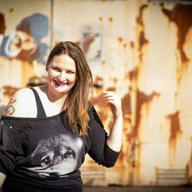 Melissa Petz