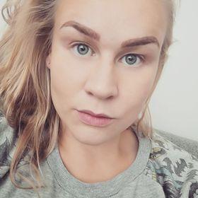 Julia Mäkelä