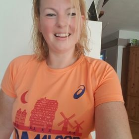 Nicole De Jong Robben