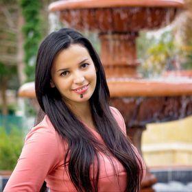 Jeannetta Flores