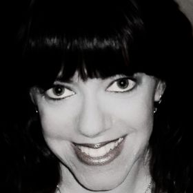 Karen Stivali