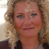 Stephanie Van der Goot