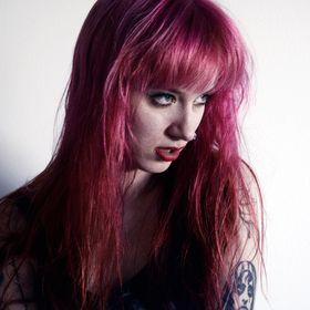 Eva Needles