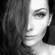 Adéla Doležalová
