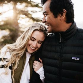 The Mandagies (Adventure & Travel Blog)
