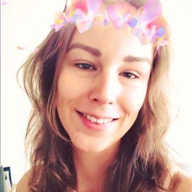 Krisztina Tóth