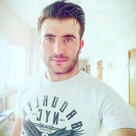 Mustafa Savan