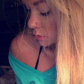 Slim blonde brenna — img 11
