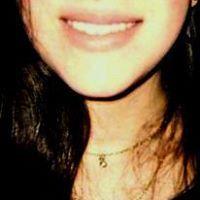 Paula Assis