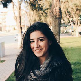 Esra Yaşar