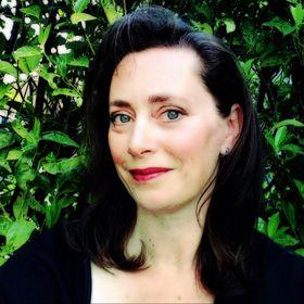 Esther Van Yperen