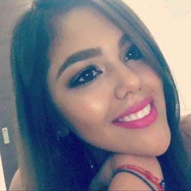 Paola Collazos🎀
